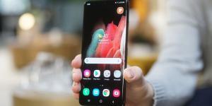 Galaxy S21 Ultra مزود بشاشة OLED موفرة للطاقة